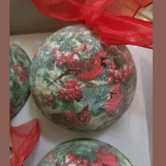 Dillard S Trimming Holiday Dillards Trimmings Cardinal Christmas Ornaments Poshmark